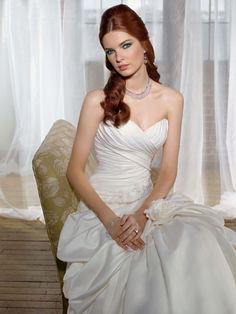 abiti sposa Wedding dresses in milan (altamodamilano) su