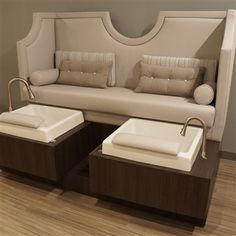 Luxury manicure and pedicure chair with sink Nail Salon And Spa, Nail Salon Design, Nail Salon Decor, Beauty Salon Decor, Beauty Salon Interior, Metal Outdoor Chairs, Outdoor Dining, Pedicure Station, Workout Exercises