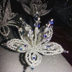 #Swarovski #crystal #tembleques