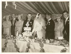 Society wedding reception (Meeks and Hordern families), Sydney, February 1936 / Sam Hood