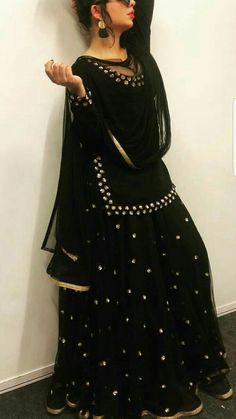 A Completely Last Minute Rakshabandhan Outfit Idea:-Awesomelifestylefashion - terrariumworld Pakistani Dresses, Indian Dresses, Indian Outfits, Pakistani Clothing, Anarkali, Churidar, Lehenga, Sabyasachi, Saree