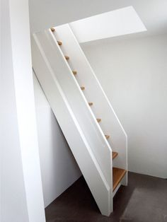 saw_h15_Treppe zum Spitzboden Anbau 2 - H15
