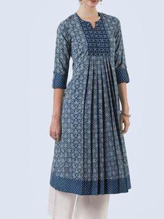 Salwar Designs, Simple Kurti Designs, Kurta Designs Women, Kurti Designs Party Wear, Sleeves Designs For Dresses, Dress Neck Designs, Blouse Designs, Frock Design, Kurta Patterns