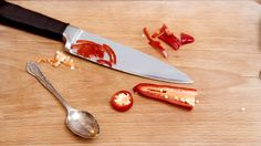 Quick video: how to slice a chilli
