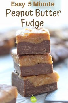 Easy peanut butter fudge is made in the microwave using sweetened condensed milk. This old-fashioned chocolate fudge recipe is so easy with just ingredients it's the perfect Christmas candy recipe. Butter Fudge Recipe Condensed Milk, Easy Microwave Peanut Butter Fudge Recipe, Sweetened Condensed Milk Fudge, Baked Fudge Recipe, Microwave Fudge, Condensed Milk Recipes, Fudge Recipes, Microwave Recipes, Easy Chocolate Fudge