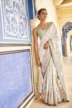 Shop from an exclusive range of luxurious wedding dresses & bridal wear by Anita Dongre. Bring home hand-embroidered wedding wear in colors inspired by nature. Indian Attire, Indian Ethnic Wear, Indian Wedding Outfits, Indian Outfits, Indian Weddings, Indian Clothes, Saree Trends, Stylish Sarees, Saree Look