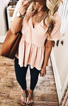 I N S T A G R A M - ans ☼ Trendy outfits for summer outfits casual fashion ideas casual summer style Sexy Casual Style Looks Cold Shoulder Bluse, Look Fashion, Autumn Fashion, Cute Fall Fashion, Fashion Women, Feminine Fashion, Fashion Spring, Cheap Fashion, Mode Outfits