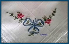 smartphone du 21-03-2015 054 Tambour Embroidery, Embroidery Patterns, Hand Embroidery, Beauvais, Pompadour, Point, Hand Stitching, Smartphone, Cross Stitch