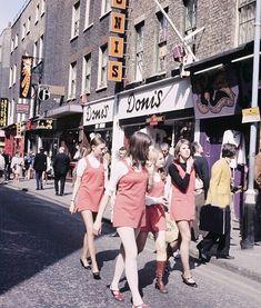 Jung, wild und anders: So war die Mode der 60er