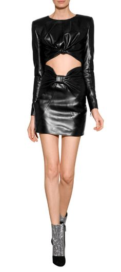 Inspired by the unabashed opulence of the eighties, this luxe mini skirt turns up the heat on your party-ready pieces Leather Crop Top, Leather Mini Skirts, Leather Skirt, Balmain, Crop Tops, Inspired, Detail, Heart, Baby
