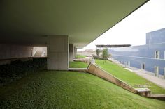 Resultado de imagem para terraços de bragança siza
