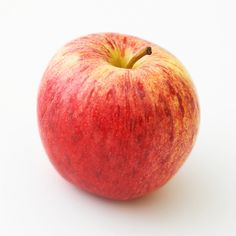 With thousands of apple varieties, how do you choose when a recipe calls for 'cooking apples' or 'baking apples'? Here are 12 suggestions to give your recipe just the right flavor. Apple Dessert Recipes, Fall Desserts, Apple Recipes, Fall Recipes, Sweet Pie, Sweet Tarts, Variety Of Fruits, Fruits And Veggies, Pie Pictures