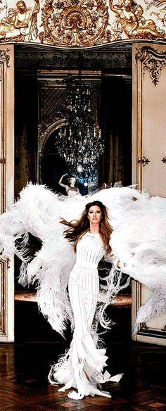 Gisele Bundchen ~ Couture Fashion and Designer Style Gisele Bündchen, Foto Fashion, Fashion Moda, Top Models, Gisele Caroline Bündchen, Estilo Glamour, Looks Street Style, Mode Chic, Mode Inspiration