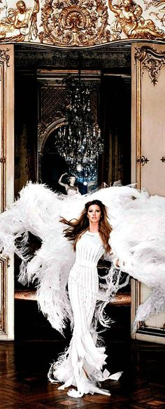 We know how to make an entrance! In Chanel!
