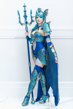 - COSPLAY IS BAEEE! Tap the pin now to grab yourself some BAE Cosplay leggings and shirts! From super hero fitness leggings, super hero fitness shirts, and so much more that wil make you say YASSS! Cosplay Pokemon, Cosplay Anime, Cosplay Armor, Cosplay Dress, Cosplay Girls, Fantasy Warrior, Amazing Cosplay, Best Cosplay, Cool Costumes