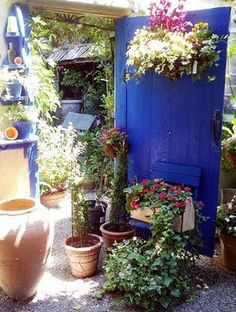 Really neat site with lots of ideas, not just for the garden either.