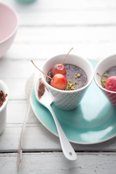 I couldn't leave you without sharing another recipes from the book, could I? This time a little something sweet… … something with chocolate. How do chocolate, hazelnut and fleur de sel pots de crème sound? This is a simple and … Continue reading →