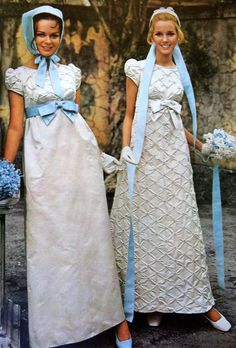 6 Beautiful Wedding Dress Trends in 2020 1960s Fashion, Fashion Models, Vintage Fashion, Korean Fashion, Vintage Wedding Photos, Vintage Bridal, 1960s Wedding, Vintage Weddings, Vintage Gowns