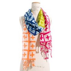 Crosswise Scarf by made well