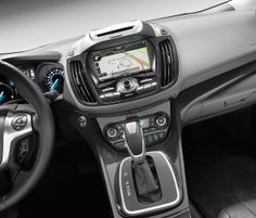 Why the technology in your car doesn't work. Read more about cars and tech at www.latimes.com #autos #cars