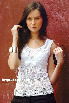 White blouse with  excellent diagrams, use web translator for written instructions