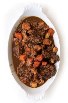 Gascon-Style Beef Stew (Daube de Boeuf À la Gasconne)-pinot noir, chocolate