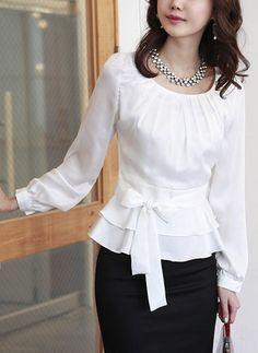 Details about Sweet pleated bodice ruffled ribbon waist blouse shirt - Dentelle tissus Satin Blouses, Shirt Blouses, Shirts, Trendy Dresses, Nice Dresses, Womens Trendy Tops, Pleated Bodice, Peplum Blouse, Looks Vintage