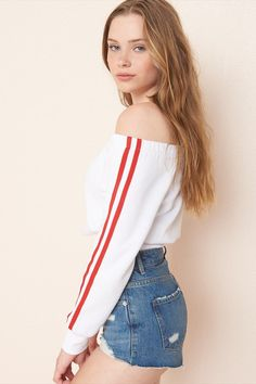 Cropped Off-Shoulder Tee Cute Little Girl Dresses, Girls Dresses, Off The Shoulder Top Outfit, Off Shoulder Crop Top, Garage Clothing, Tumblr Outfits, Street Style Summer, Teen Fashion, Style Fashion