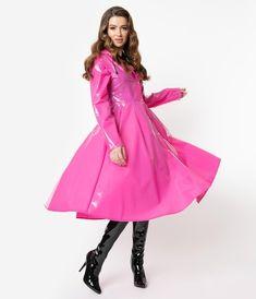 Imper Pvc, Pink Raincoat, Mode Rose, Topshop, Cyberpunk Fashion, Latex Dress, Raincoats For Women, Fuchsia, Rain Wear