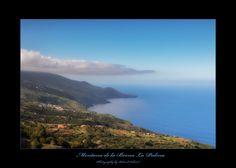 Montana de la Brena La Palma - Diese Aufnahme ist auf einer Wanderung mit dem Ziel Montana de la Brena entstanden. Lustigerweise hatte die Wolke fast die selbe Form wie die Landzunge darunter. Montana, Form, Water, Outdoor, Las Palmas, Canary Islands, Goal, Clouds, Gripe Water