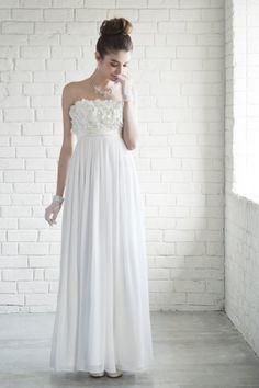 シフォン×レース立体フラワー・スレンダープチウェディングドレス - 「AIMER(エメ)公式通販サイト パーティー・結婚式ドレスで人気」
