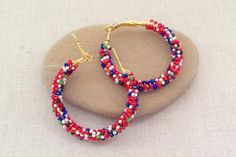 These are cool!  Make with bead soup or solid colors for a more serious look.  Great way to use up uneven seed beads.