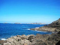 #Promenade along the Pointe du Moulinet in #Dinard #seaside #resort in #Brittany #France #sea #beach