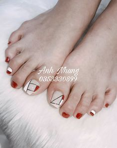 nails how to Pedicure Nail Art, Pedicure Designs, Toe Nail Designs, Toe Nail Art, Pretty Toe Nails, Cute Toe Nails, Love Nails, Purple And Pink Nails, Feet Nail Design