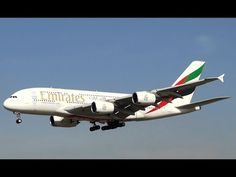 Landing Airbus A380 Emirates - Barcelona Airport