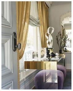 brass & acrylic console with gold curtains Design Entrée, House Design, Design Hotel, Veranda Interiors, Decoracion Vintage Chic, Gold Curtains, Living Spaces, Living Room, Interior Decorating