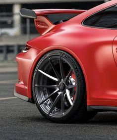 The Porsche 911 is a truly a race car you can drive on the street. It's distinctive Porsche styling is backed up by incredible race car performance. Porsche Carrera, Porsche Gt2 Rs, Porsche Cars, Sporting, Wheels For Sale, Gt3 Rs, Mc Laren, Mercedes, Top Cars
