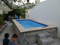 "Find out even more details on ""outdoor patio ideas small"". Take a look at our internet site. Backyard Trampoline, Small Backyard Pools, Small Pools, Swimming Pools Backyard, Mini Swimming Pool, Mini Pool, Best Above Ground Pool, In Ground Pools, Piscina Intex"