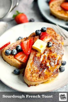 This classic recipe for french toast uses sourdough bread making this a great breakfast or brunch and a delicious way to use up any leftover sourdough sourdoughfrenchtoast frenchtoast recipe country sourdough french toast Oven Baked French Toast, French Toast Bites, Savoury French Toast, Homemade French Toast, Bananas Foster French Toast, Cinnamon Roll French Toast, Baked French Toast Casserole, Brioche French Toast, Best French Toast