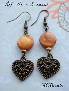 Handmade earrings with MOP discs and brass coloured metal heart charms #ACBEADS - Handmade Jewellery (PORTUGAL)