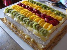 Cake with a lot of fruits Food Cakes, Cupcake Cakes, Fruit Cakes, Beautiful Cakes, Amazing Cakes, Sweet Recipes, Cake Recipes, Decoration Patisserie, Sweet Tarts