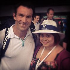During the AAMI Kooyong Classic tennis tournament in Melbourne, Australia, I had the chance to meet Pat Cash. He was so kind taking photos and signing for everyone. What a great guy, and a great tennis legend.  #tennis #sport #sports #AAMIClassic #Melbourne #Kooyong #Australia #PatCash
