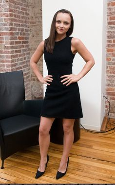 New WonderfulChristinaRicci: September 2018 Christina Ricci, Beautiful Christina, Christina Aguilera, Celebrity Moms, Celebrity Photos, Celebrity Style, Divas, Girls Short Dresses, Bollywood