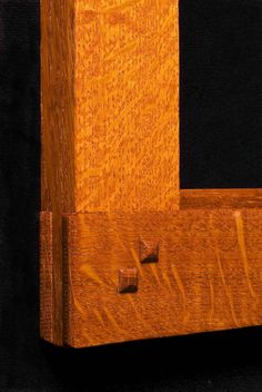Close up of Bridle Joint corner Craftsman Frames, Craftsman Window Trim, Craftsman Style, Craftsman Bathroom, Woodworking Joints, Custom Woodworking, Woodworking Projects, Woodworking Inspiration, Fine Woodworking