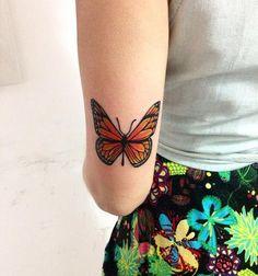 Laranja Pequena Tatuagem De Borboleta