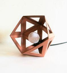Lampe à poser Origami cuivre foncé : Luminaires par leewaliacreation