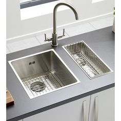 Small Undermount Stainless Steel Kitchen Sink