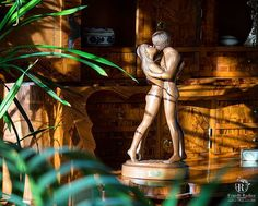 www.fratelliradice.com ♡ 💖Happy Valentine's Day💖 💖Buon San Valentino💖 ♡ #handmade #sanvalentino #happyvalentinsday #14февраля #деньвлюбленных #FratelliRadice #decoration #decor #italianfurniture #statuette #italianstyle #statuetta #статуэтка #innamorati #lovers #влюбленные #madeinitaly #luxurylifestyle #milan #interiordesign #art #мебельиталии #итальянскаямебель #ручнаяработа #любовь #truelove #amore