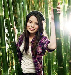 Miranda Cosgrove 1 | Descargas e informacion Hannah Montana-Miley Cyrus