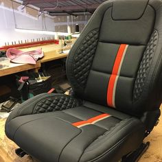 Gonna get my seats done for painting a car. Custom Car Interior, Car Interior Design, Truck Interior, Car Seat Upholstery, Automotive Upholstery, Leather Seat Covers, Leather Car Seats, Vw Caddy Mk1, Gt Turbo